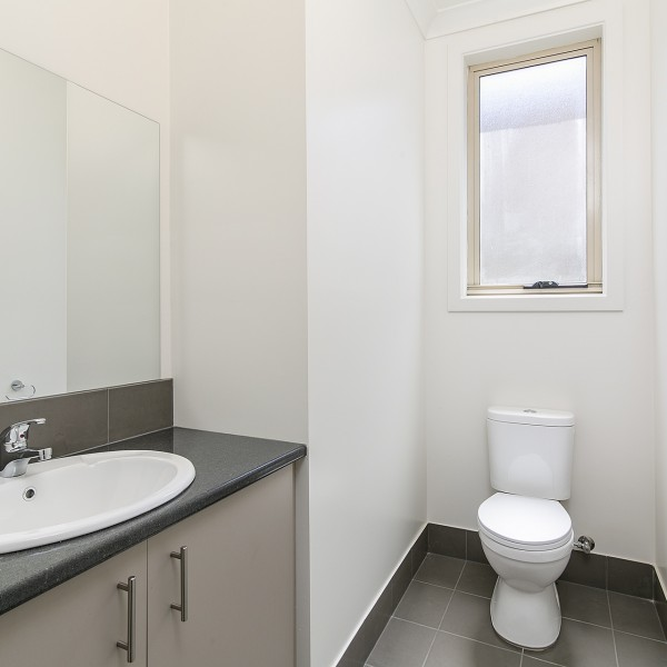 Highbury - Toilet