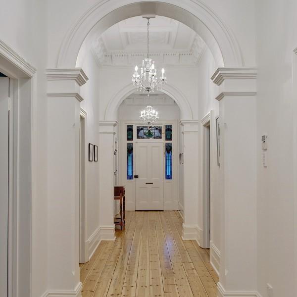 Hyde Park - Hallway